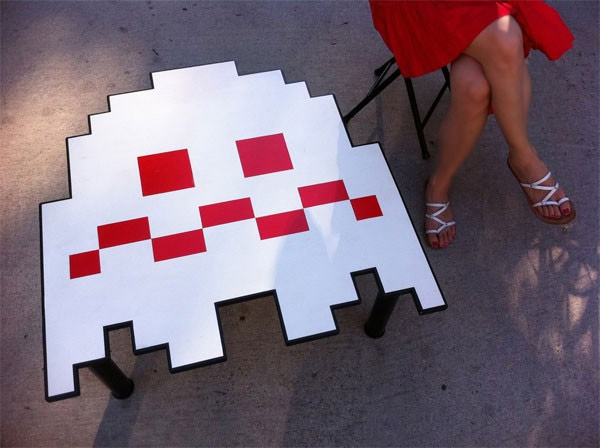 pac man ghost table 2
