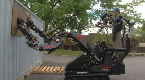 raytheon sarcos ditch witch robot