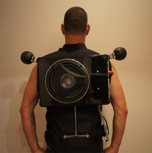 speaker_vest_boom_box_backpack_1