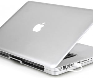 TILT Laptop Stand Gives MacBook Pro a Bigger, But Cooler Butt