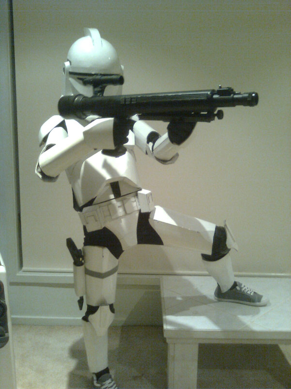 Cardboard Clone Trooper is a Perfect Clone - Technabob
