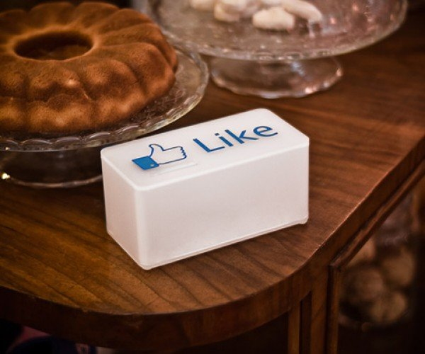 The Like Tip Box: Tipping for Facebookers