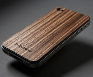 Killspencer iPhone Zebrawood Veil: Wood Looks Good