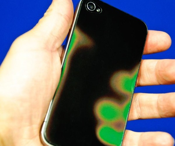 Heat Sensitive Backing Turns Your iPhone Into a Giant Mood Ring – Well, Sort of
