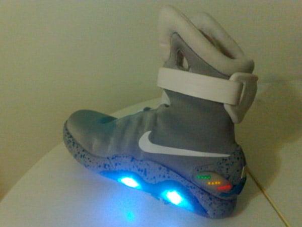 diy_nike_mag_bttf_sneakers_2