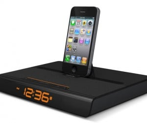 XtremeMac Luna Voyager II Alarm Dock Slims Down, Supports iPad and iPhone
