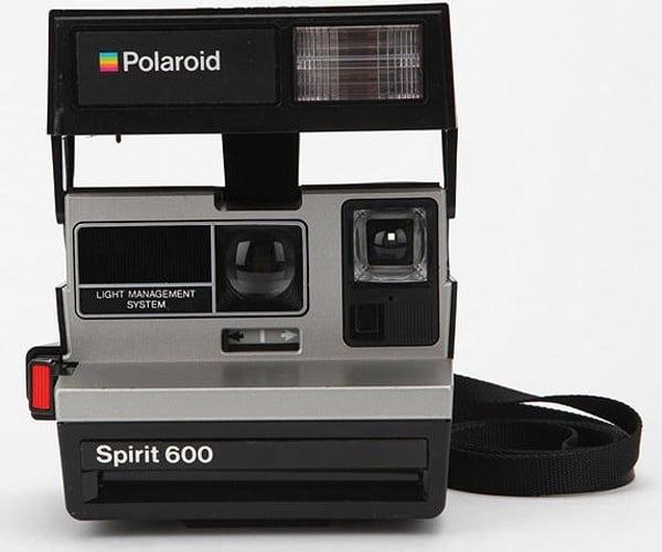 Polaroid 600 Camera Makes a Comeback, Digital Cameras Not Scared