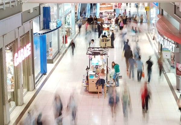 walking_in_mall