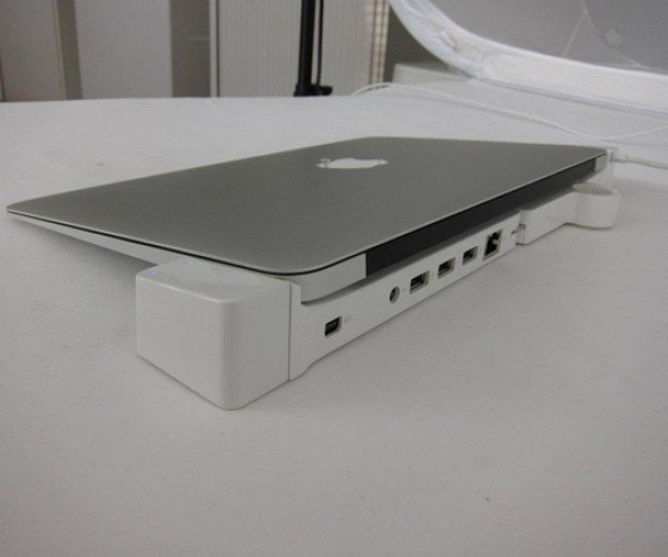 LandingZone MacBook Air Dock: The More Ports, the Merrier