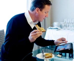 British Prime Minister Runs Country with iPad: There's an App for That