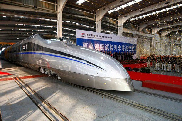 China Tests 310 MPH Train 02