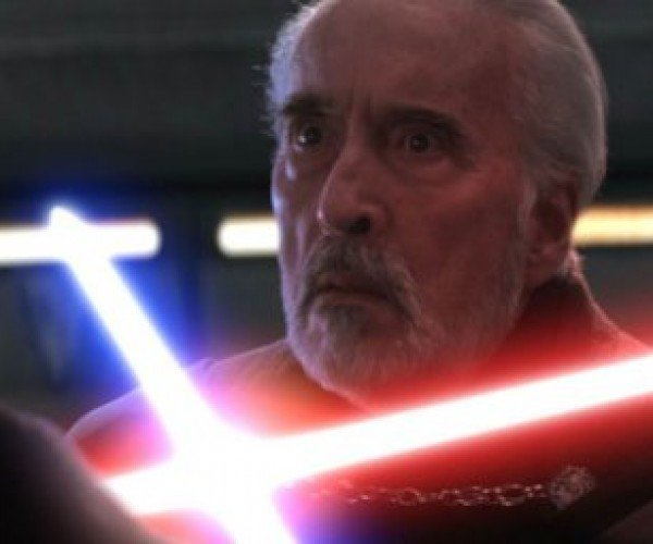 Would-be Sith Lord Assaults People with Lightsabers in Toys R Us