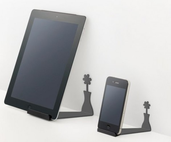 Shadow Stand Makes You Do a Double Take