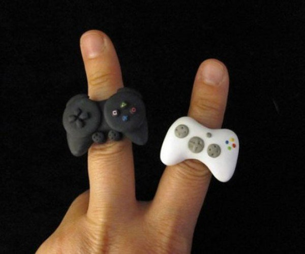 Xbox 360 and PS3 Controller Rings for Geeky Fingers