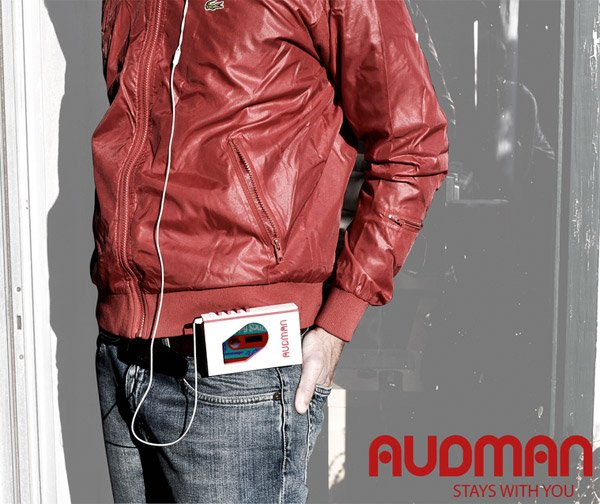 audman_iphone_walkman_dock_3