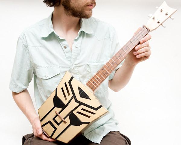 autobot_ukulele_1