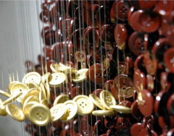 button_sculpture_close_up