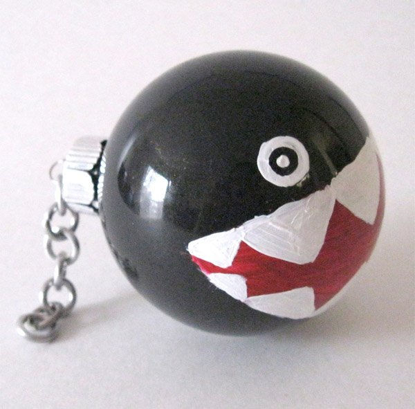 chain chomp ornaments