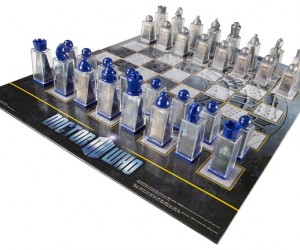 Doctor Who Lenticular Chess Set is Perfect for the Wholigans on Your Shopping List