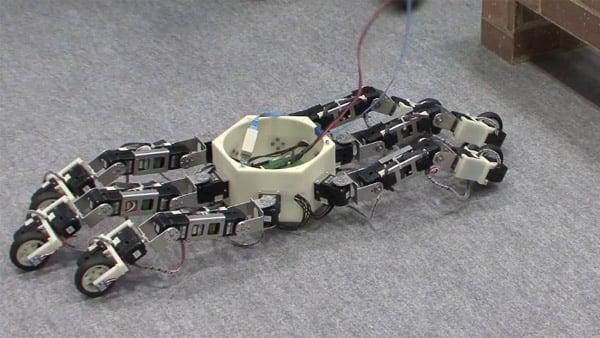 hexapod_robot_on_wheels