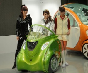 KOBOT Transformable, Smartphone-Controlled Cars: More Than Meets the Eye