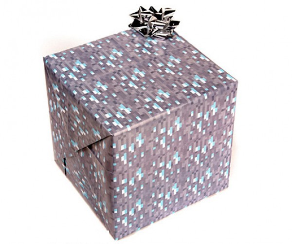 Minecraft Wrapping Paper: Happy Holidaysssss