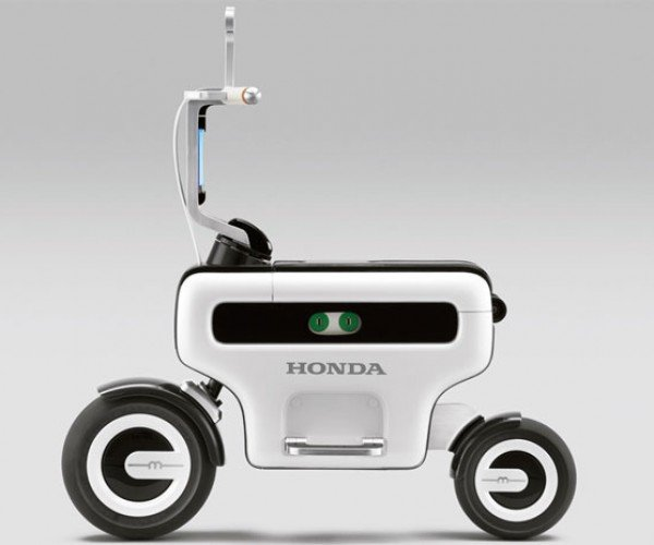 "Honda Motor Compo Scooter Screams ""I'm Geekier Than You, Segway Guy!"""