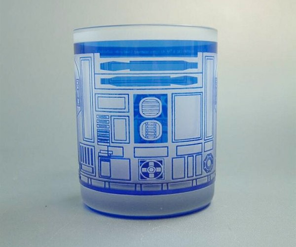 R2-D2 Etched Glass: The Droid You are Drinking from