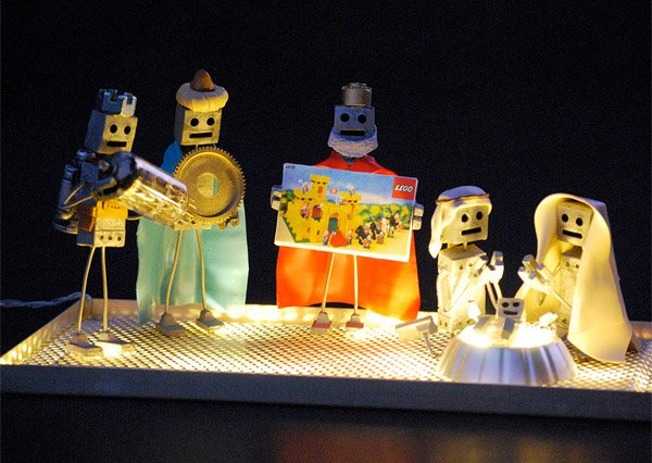 robot nativity 3