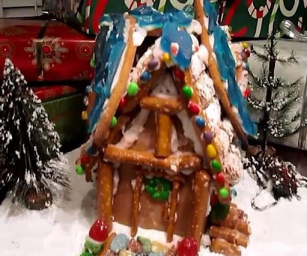 Skyrim Breezehome Gingerbread House: +40 Candy-Mage Skills
