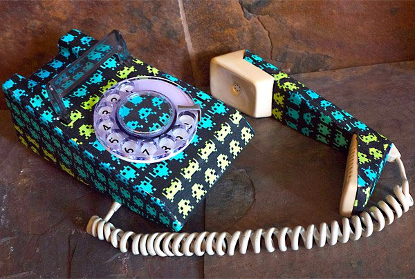 space_invaders_phone_2