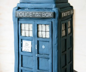 TARDIS Cake is Tastier on the Inside