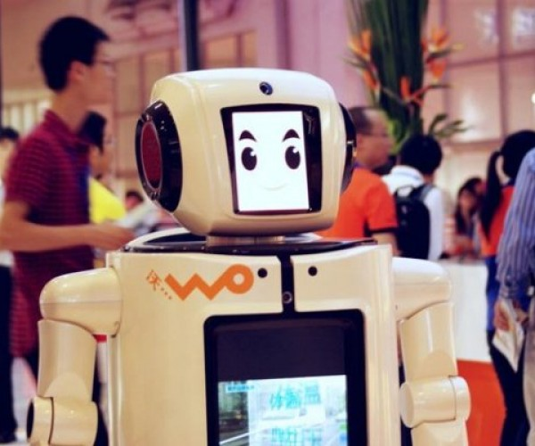 This Robot Will Teach You Everything You Need to Know About 3G
