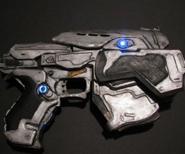 Gears of War Papercraft Snub Pistol Still Won't Kill Berzerkers