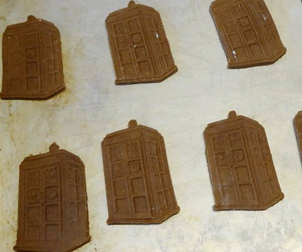 TARDIS Cookies Need Lots of Blue Frosting
