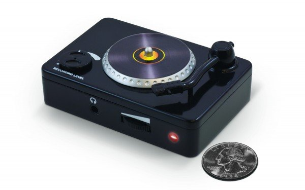 Ion Audio Vinyl Forever Looks Like a Tiny Turntable, Doesn't Play Tiny Records
