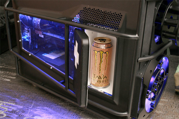 Battlefield 3 Chaingun Casemod Doubles As A Mini Fridge