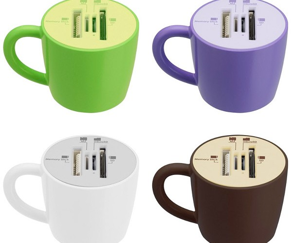 Coffee Cup Card Readers Hold Memory, Not Liquid