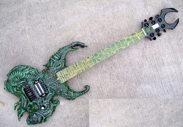cthulhu_guitar_2