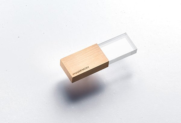 empty memory usb drives by logical art 2