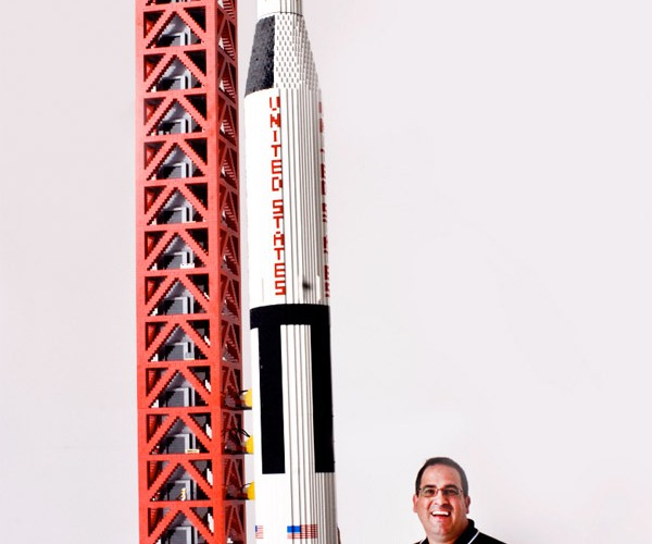 19 Foot-Tall LEGO Saturn V Rocket, We Now Have Nerd Lift-Off