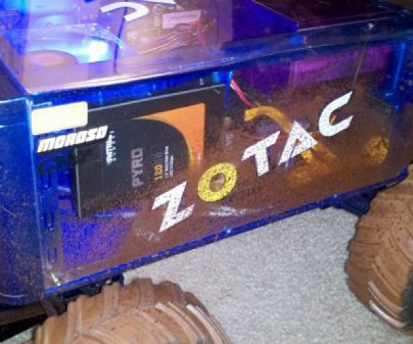lanzilla remote control car casemod by stephen popa 4