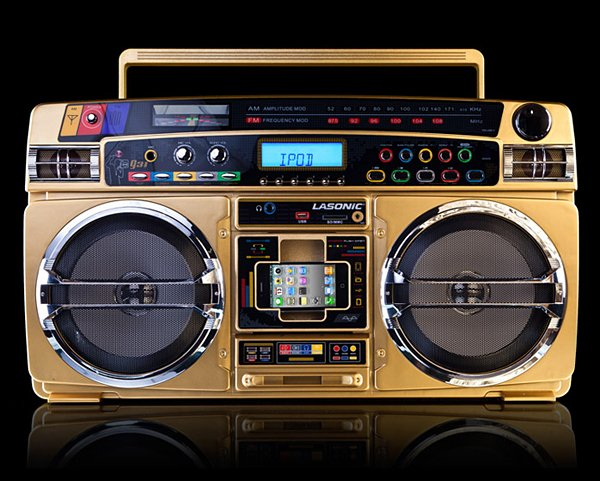 Lasonic i931x gold boombox ipod dock suburb blaster technabob - Lasonic ghetto blaster i931x ...