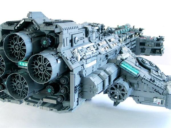 lego_hyperion_battle_cruiser_2