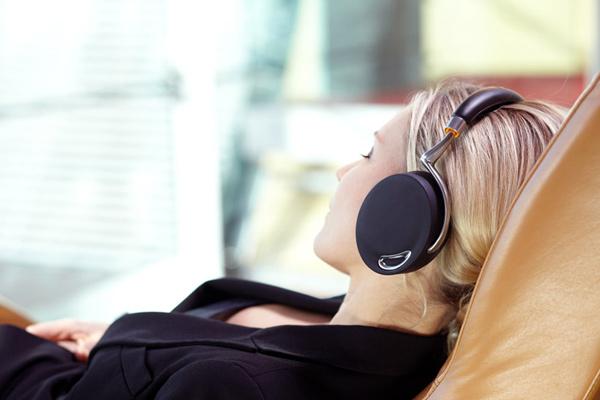 philippe starck headphones zik parrot