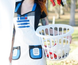 R2-D2 Apron: There's a Droid in the Kitchen