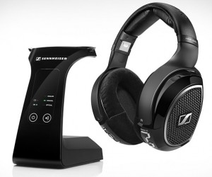 Sennheiser RS 220 Wireless Headphones Send Big Sounds Over the Air