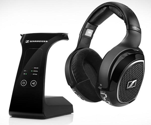 Sennheiser RS 220 Wireless Headphones Send Big Sounds Over the Air