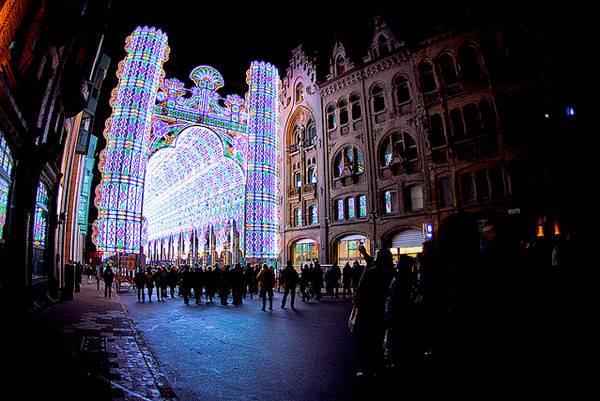 020112_led_cathedral_3