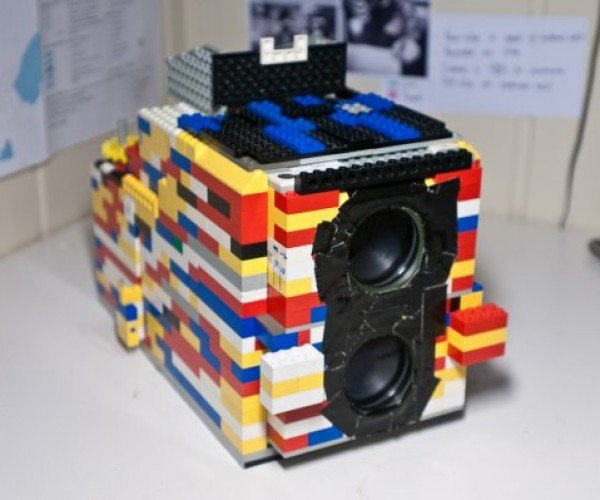 Twin-Lens Reflex LEGO Camera Actually Shoots Pictures
